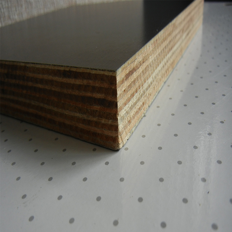 Metal Faced Plywood ~ Brown film faced plywood hardwood core